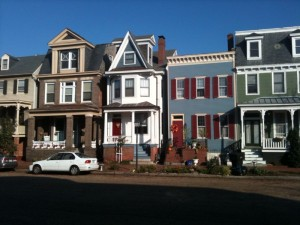 ROW OF HOMES IN PORTSMOUTH